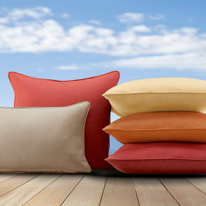 "17"" Throw Pillows with a welt"